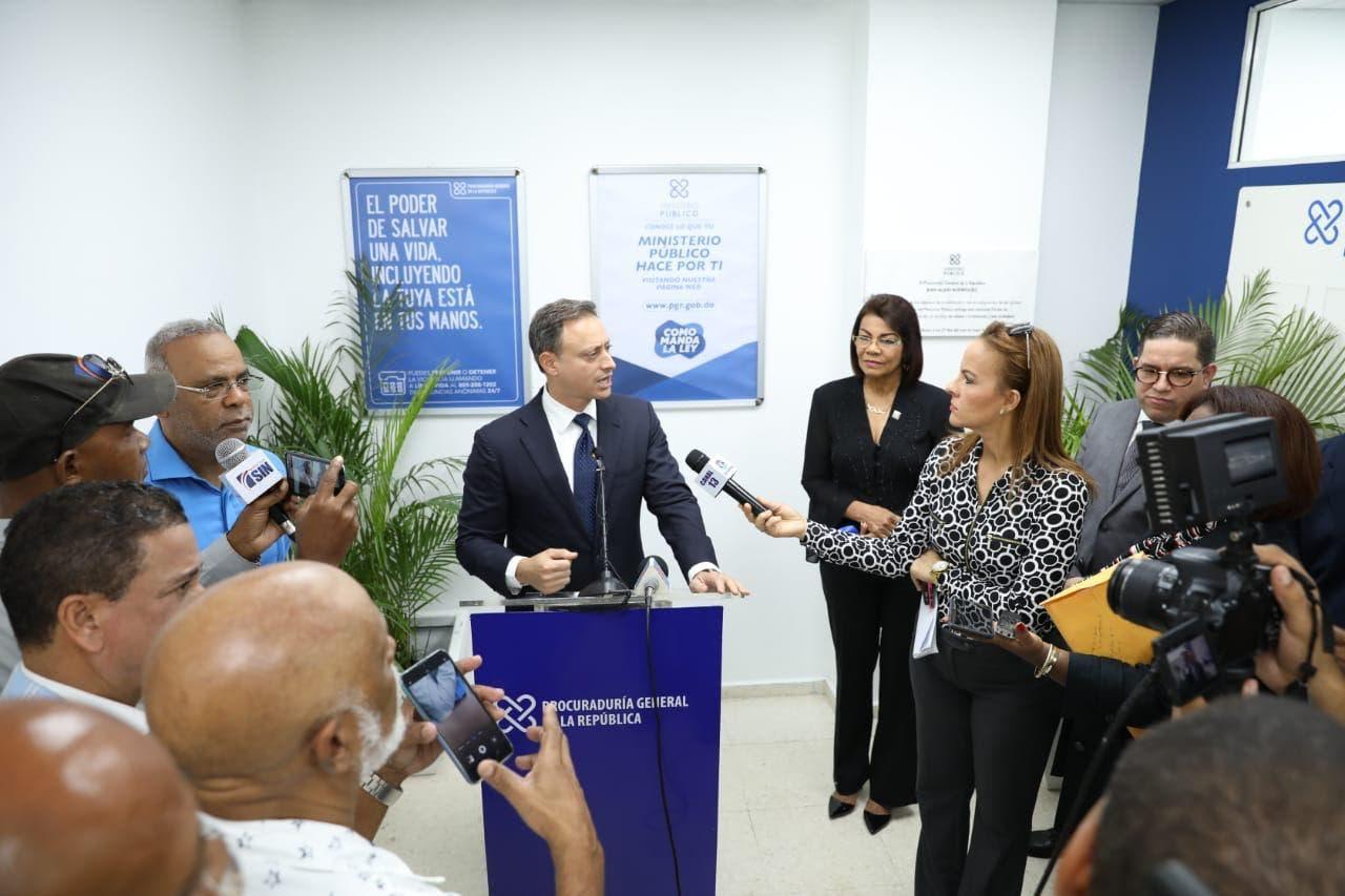 Procurador emplaza a Luis Abinader ofrecer datos de la supuesta mafia que libera presos para asaltar