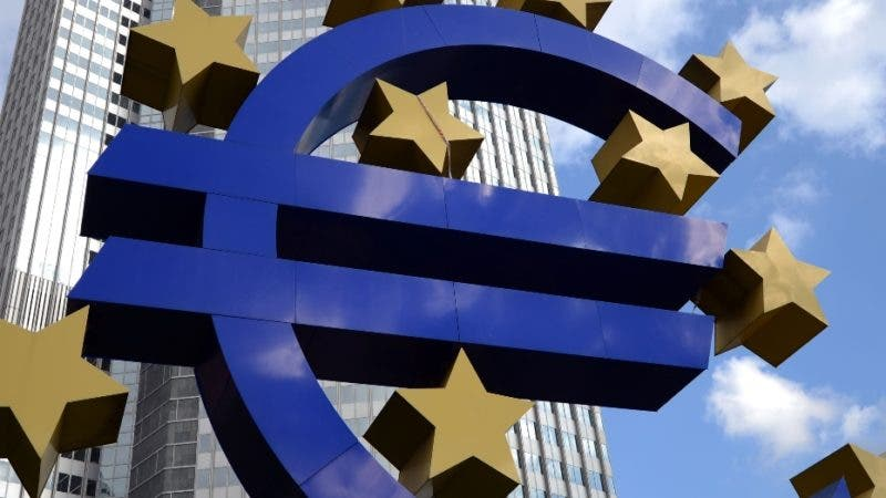 "A giant logo of the Euro currency stands in front of the European Central Bank (ECB) in the banking district of Frankfurt, western Germany, on October  9, 2012.  The European Central Bank said Tuesday it will not simply print money to solve the eurozone debt crisis, but noted that Greece has made ""significant"" progress in tackling its deep financial problems.AFP/ JOHANNES EISELE"