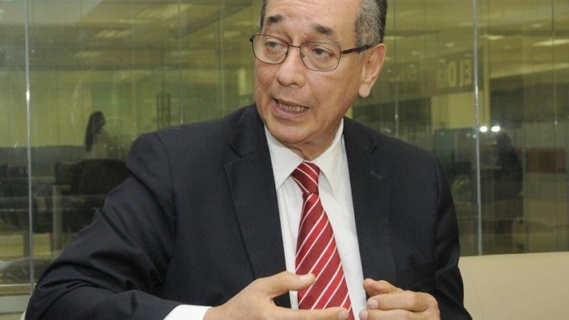 Visitó la redacción del periódico Hoy, Luis Felipe Aquino. Hoy/ Aracelis Mena. 06/06/2019