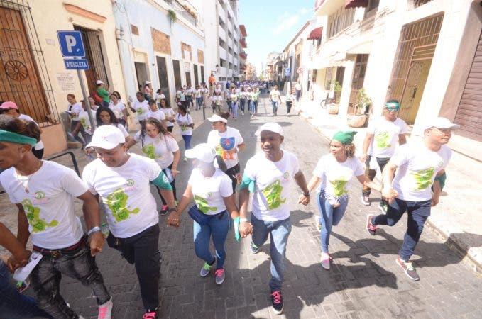 """6. La Fundación Caminantes por la Vida realiza este domingo la octava versión de """"Caminantes por la Llega la Plazoleta Ozama Santo Domingo Rep. Dom. 2 de junio de 2019. Foto Pedro Sosa"""