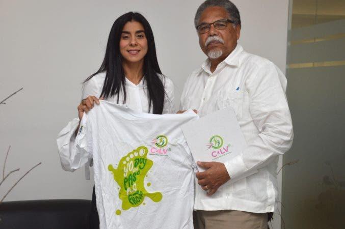 8. Fundación Caminantes por la Vida realiza marcha durante una visita al periódico hoy Santo Domingo, RD.- 29 de mayo del 2019. Foto Pedro Sosa
