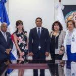 Cristobal Polanco, Embajadora Robin S. Berntein, Milton Reyes, Marcia Corporan y Rosa Marte