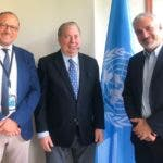El ministro Selman, el embajador Rodríguez y el director adjunto de la UNESCO para la Cultura,  Ernesto Ottonne. (2)