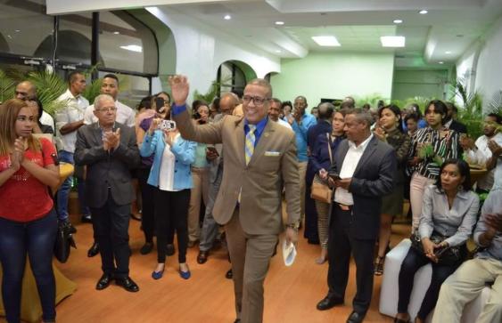 Juan Carlos Bisonó reune a periodistas veteranos y jóvenes respaldan su candidatura al CDP