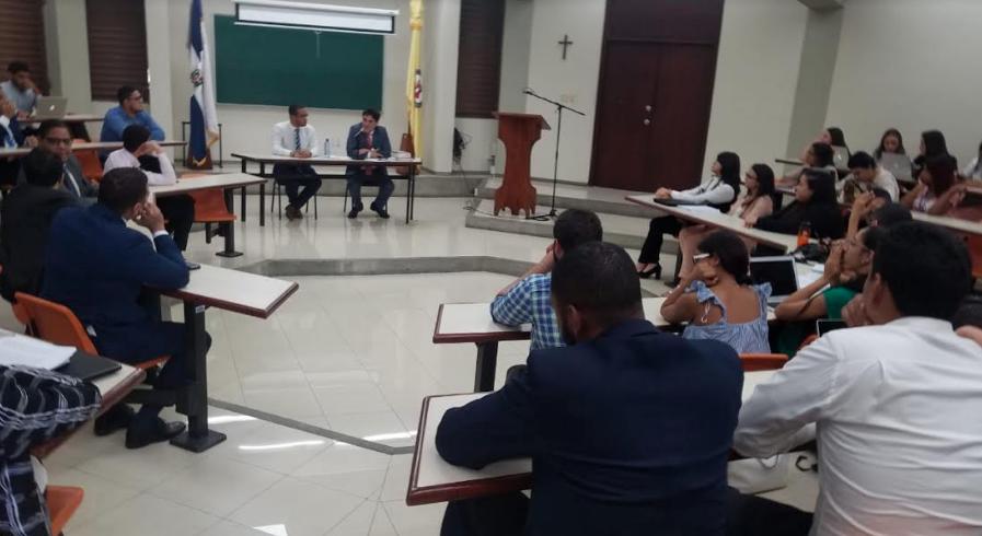 Julio Cury insiste el vigésimo transitorio es discriminatorio
