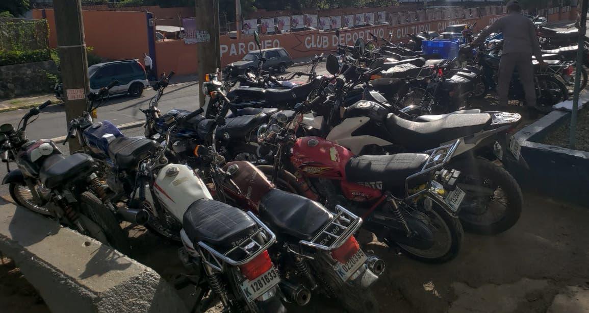 Interior y Policía dice 75% de actos delictivos en RD es en motocicletas