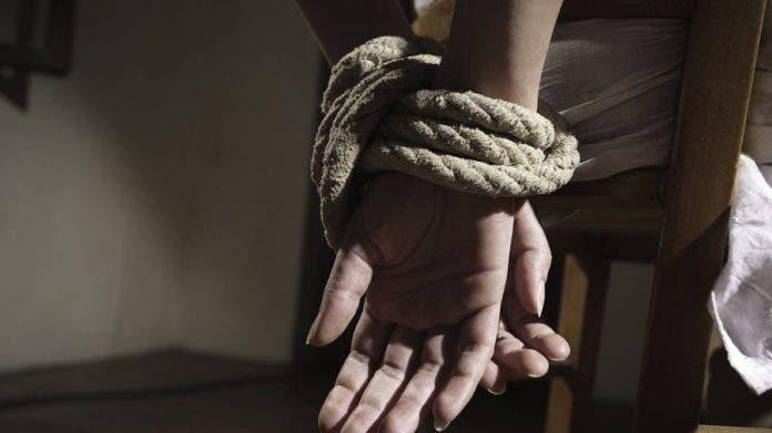 Rescatan a más de 1.100 mujeres secuestradas