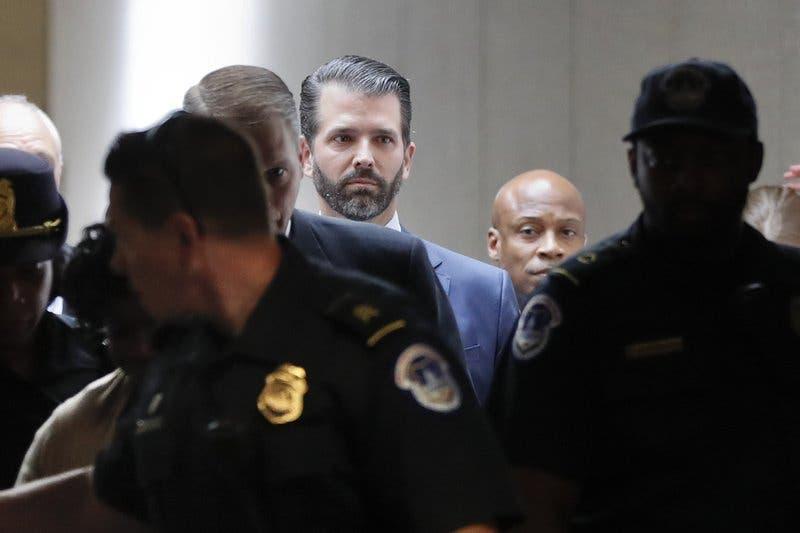 Hijo de Trump y exagentes de FBI declaran ante legisladores