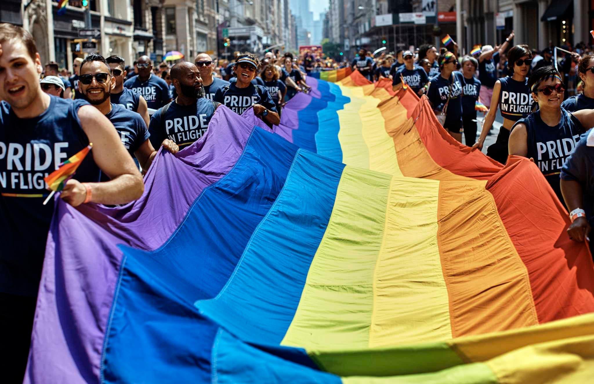 NY, San Francisco y Seattle celebran el día de Orgullo LGBTQ
