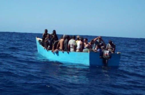 repatrian-74-dominicanos-que-pretendian-llegar-en-yola-a-puerto-rico