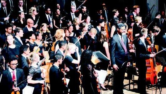 Bambalinas. Sinfónica Nacional Juvenil emociona al público alemán