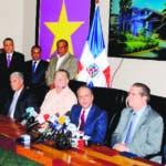 Veintidós miembros del Comité Político piden a Leonel Fernández respetar organismos del PLD. Monegro