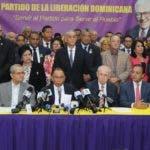 Miembros del comite politico del PLD, de la linea del expresidente Fernandez ofrecieron rueda de prensa, poniendo su posicion de no a la reeleccion. 9-7-19 Foto: Jose Adames Arias.