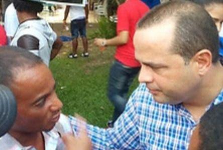 Manuel Crespo denuncia que hay un plan que procuraría reformar la Constitución para habilitar de por vida al Presidente Danilo Medina y  ex presidentes de la República. Fuente externa 21/07/2019