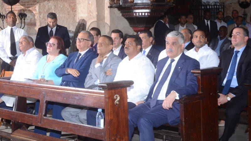 El presidente del Partido Revolucionario Dominicano (PRD), Miguel Vargas Maldonado manifestó  que su prioridad es fortalecer esa organización política, de cara a las elecciones del 2020. Durante una misa en la iglesia la Mercedes SANTO DOMINGO.- 5 de julio de 2019. Foto Pedro Sosa
