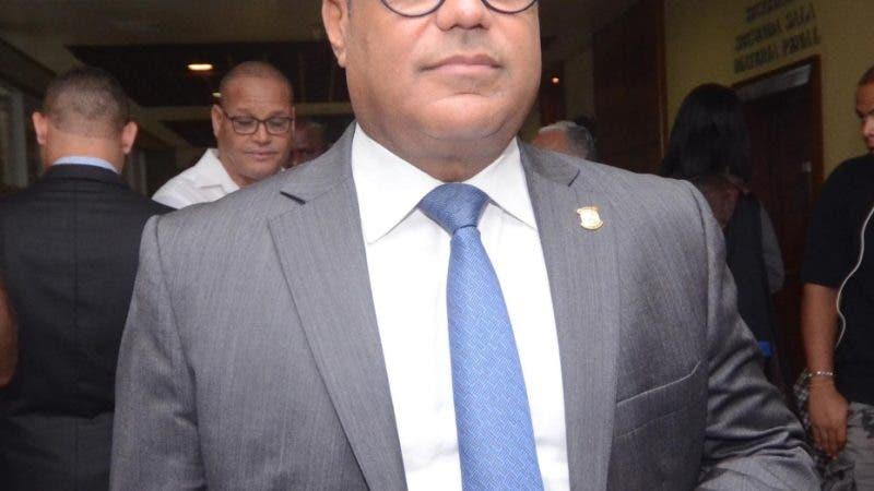Tommy Galán, senador por el Partido de la Liberación Dominicana. Durante lectura de la sentencia del caso odebrecht a los siente imputados de soborno de 92 millones de dólares en la Suprema Corte de Justicia de Santo Domingo República Dominicana. 21 de junio de 2019. Foto Pedro Sosa