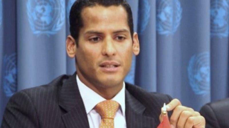 País - Marcos Diaz en el consulado Dominicano.  Ambiorix Hernandez.
