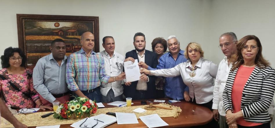 Confenagro realiza visita de cortesía al CNCP; buscan desarrollar alianza estratégica