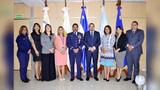 MP y CESAC unen esfuerzos para mejorar expedientes ante violaciones de normas en aeropuertos