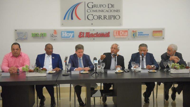 Almuerzo Semanal del Grupo de Comunicaciones Corripio con representantes dela Asociación Dominicana de Rectores Universitarios (ADRU),  Foto: Arismendy Lora