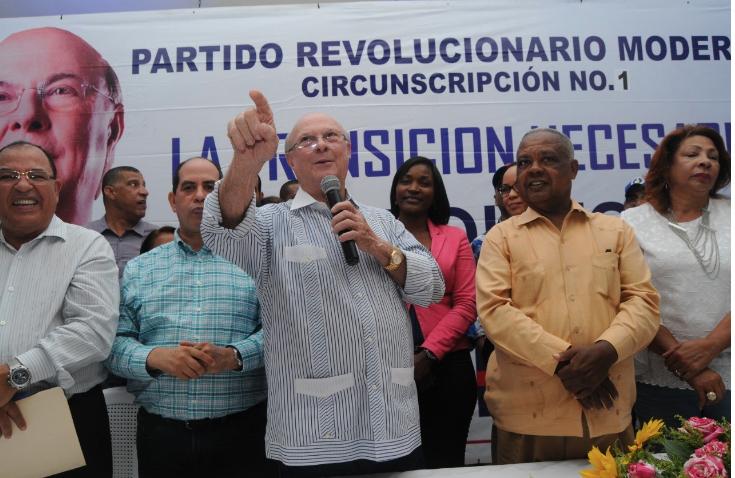Hipólito Mejía promete sentar las bases para institucionalización del país