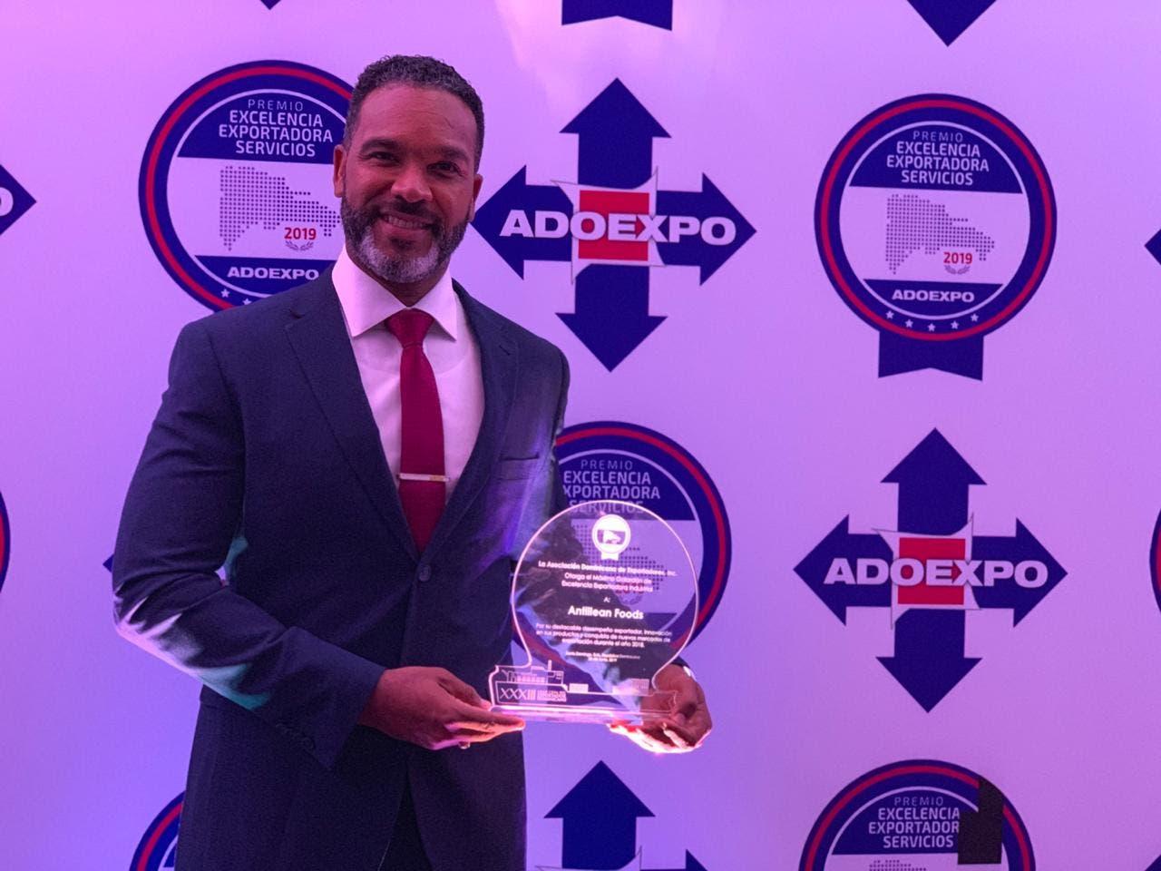 Antillean Foods recibe premio Excelencia Exportadora Industrial 2019
