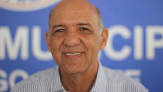 Isidro Torres llama a la población a sumarse a marcha contra reforma constitucional mañana