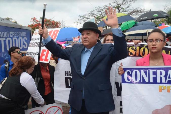 Presidente del Proyecto Visión Nación  rechaza ordenanza sobre política de género