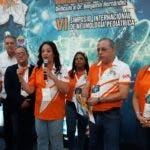 Los doctores Maribel Jorge, Benjamín Hernández, Julio Burdiez , Plutarco Arias y demás miembros de Neumonorte