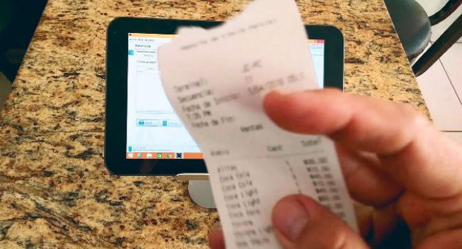 Hacienda prohíbe uso de dispositivos  móviles para venta de sorteos de lotería