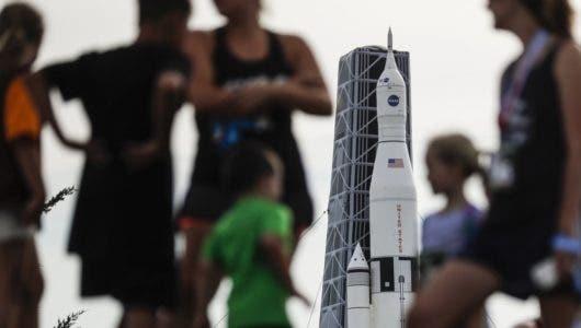 EE. UU. celebra el 50 aniversario de los primeros pasos del hombre en la Luna