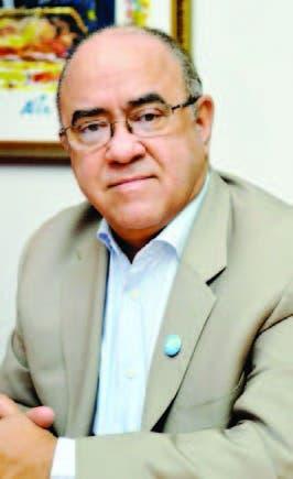 UASD reconoce labor docente de Quiterio Cedeño