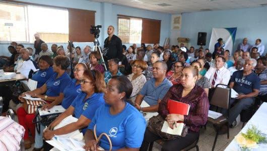Parte del Publico participante en el encuentro de la SISALRL con lideres sindicalaes y sociales