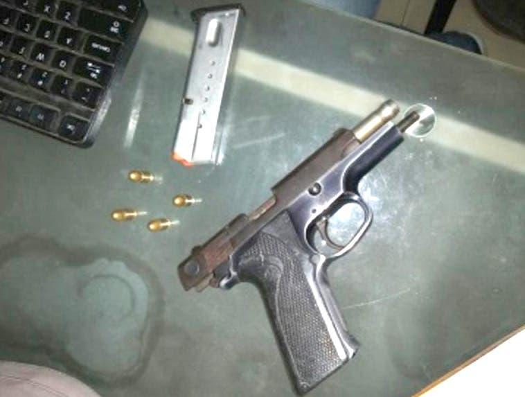 Hombre habría respondido a disparo tras llamado de la Policía resultó herido