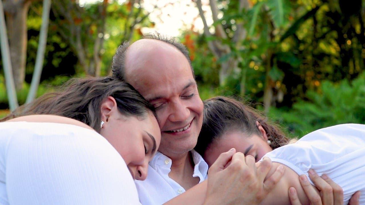Video: Mira cómo pasa Ramfis el Día del Padre y de qué manera fue sorprendido