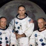 astronauta-mira-Luna_14689804