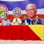 (foto) Quique Antún, Ramon Rogelio Genao y otros directivos del PRSC