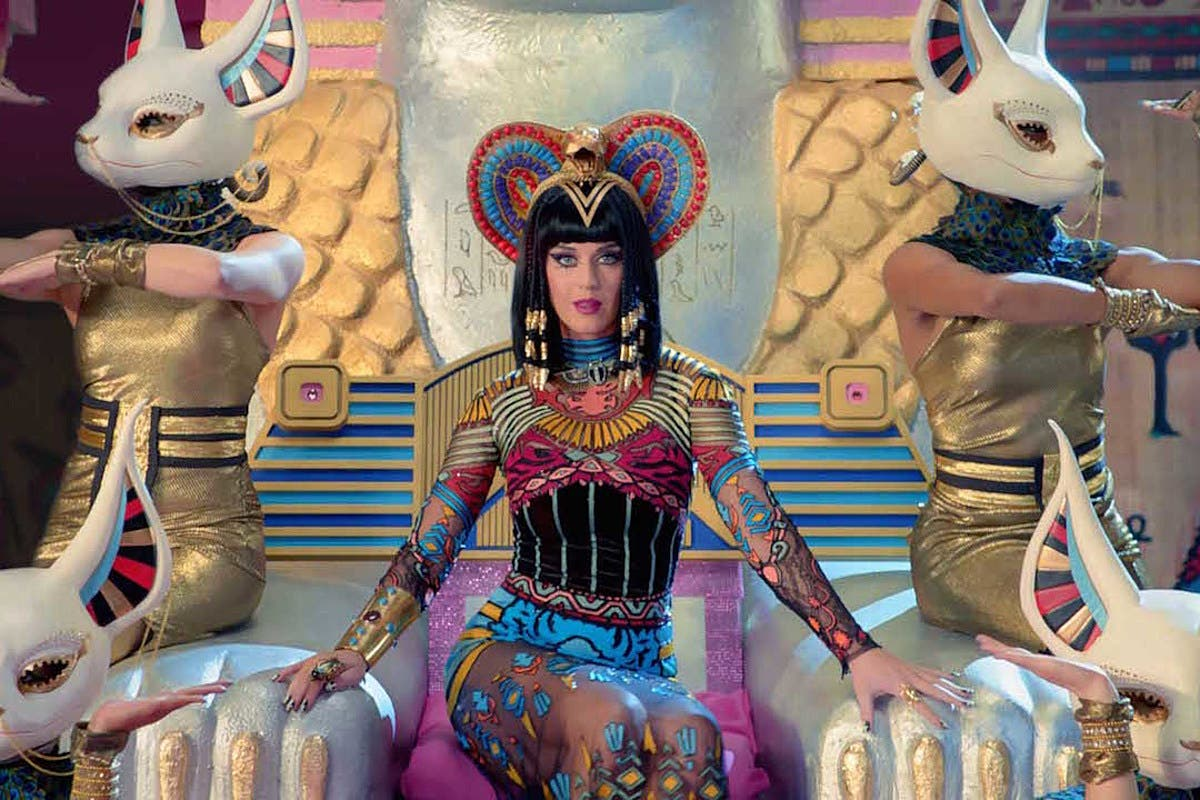 Abogados: Katy Perry ganó 41 millones por «Dark Horse»