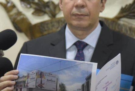 PRM pide a JCE retirar vallas ilegales   Gonzalo