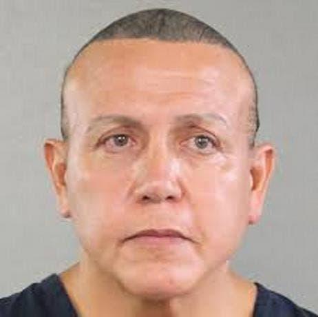 Veinte años de cárcel para hombre que mandó paquetes bomba a demócratas y CNN