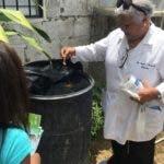 El Servicio Nacional de Salud (SNS) en las últimas semanas ha designado personal especializado en dengue y dispuso incrementar la periodicidad de los operativos de limpieza y descacharrización en los centros de salud además de otras medidas para fortalecer la prevención y respuesta contra dengue. Fuente externa 15/08/2019