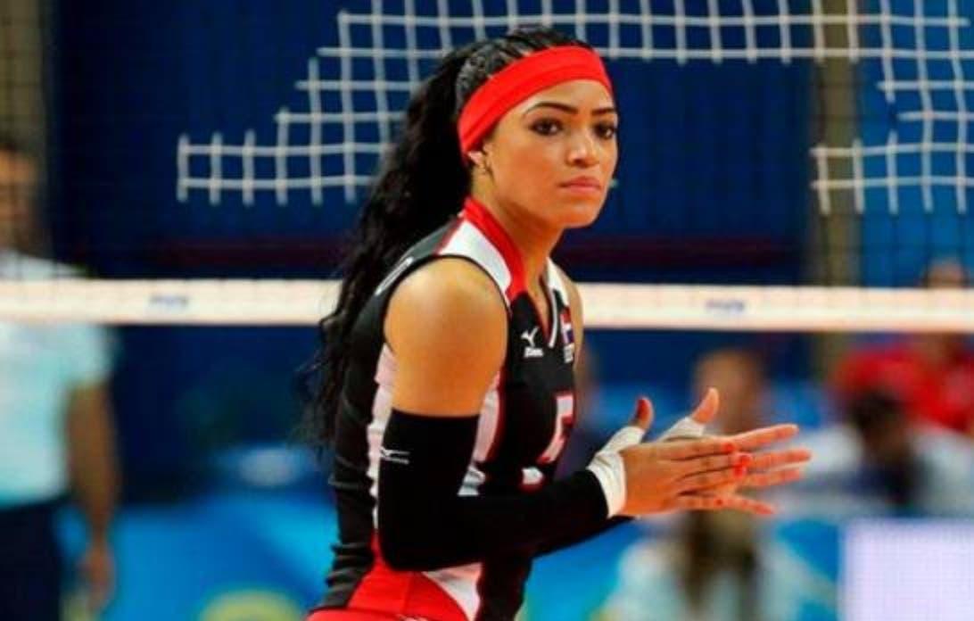 Video: Brenda Castillo vuelve a la cancha tras su fractura de brazo