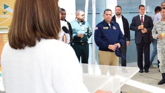 Dominican Watchman apertura centro de servicios múltiples