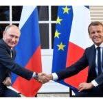 Emmanuel Macro y Vladímir Putin