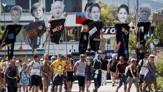 Realizan protestas en frontera francesa en contra de cumbre del G7