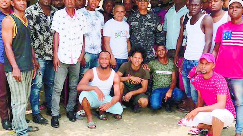 Policía Comunitaria se Involucra en Generación Oportunidades en Barrios.  Hoy/Fuente Externa 13/8/19