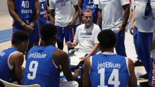 Selección baloncesto de RD se medirá esta noche a España