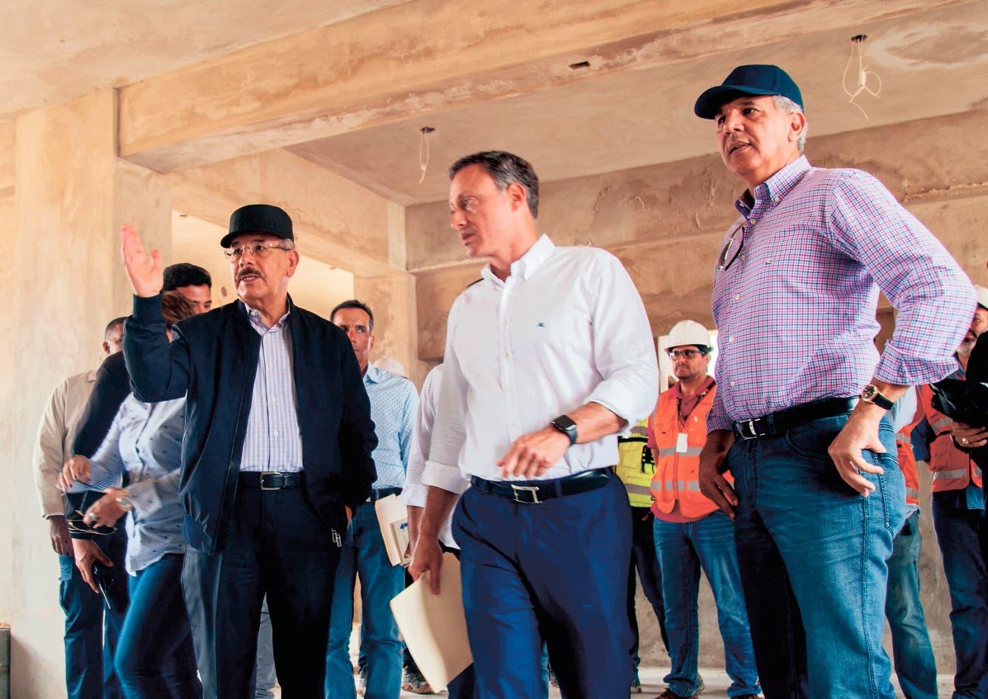 En Visita Sorpresa: Danilo Medina constata avances construcción Nueva Victoria, reducirá delincuencia y terminará con hacinamiento.  Hoy/Fuente Externa 25/8/19