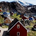 Upernavik (Denmark), 11/07/2015.- (FILE) - Houses in the village of Upernavik in western Greenland, 11 July 2015 (reissued 16 August 2019). According to news reports, US President Donald J. Trump has 'repeatedly' asked aides about their views on the US buying Greenland. (Dinamarca, Groenlandia, Estados Unidos) EFE/EPA/LINDA KASTRUP DENMARK OUT