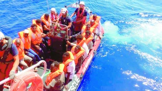 Temen muerte de 100 en un naufragio